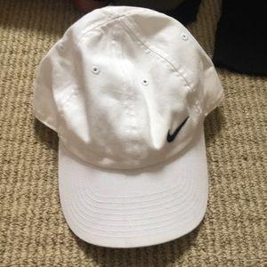 White Nike Baseball Cap
